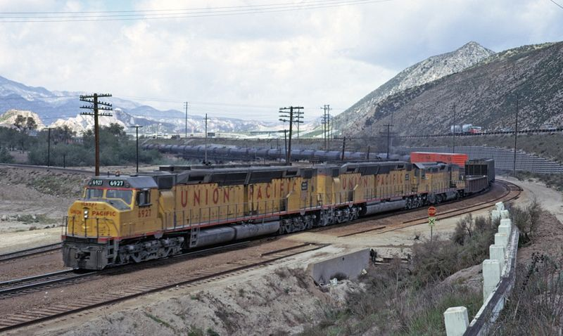 Union pacific dd40ax coming from bachmann in n scale