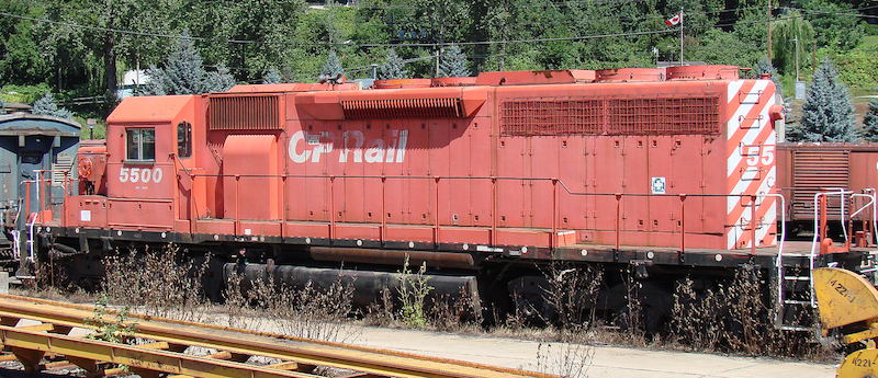 SD40 CP 5500 left side