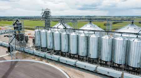 CP sets new monthly record for transporting grain