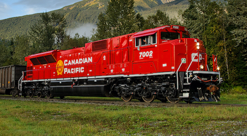 Canadian Pacific SD70Acu Red CP